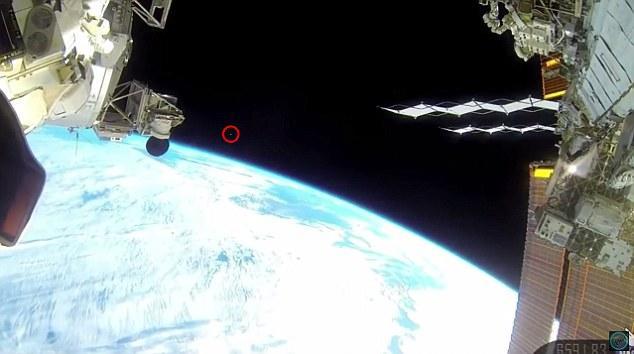 脑洞全开:有人声称空间站附近发现UFO