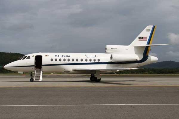 Dassault-Falcon-900