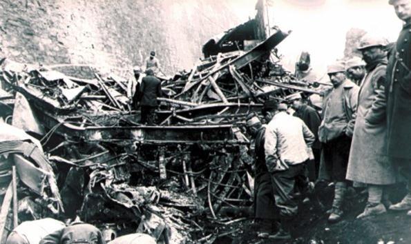 圣米歇尔-德莫里耶讷莫列讷河谷,法国:700死