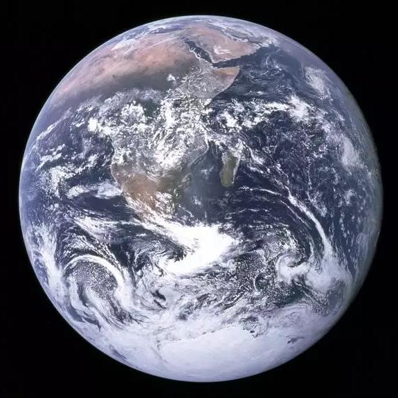 白雪皑皑的地球(图片来源NASA)
