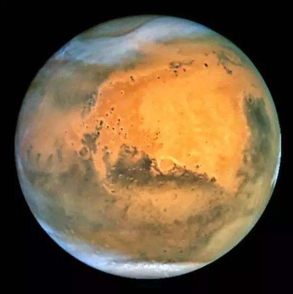 火星的极冠(图片来源NASA)