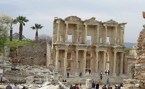 土耳其阿尔忒弥斯神殿